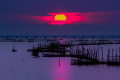 Sun, puesta del sol, mar, lago, songkhla, tailandés Fotografía de archivo