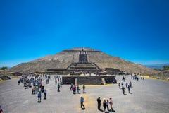 The Sun pyramid en forntida Maya Pyramid med den stora trappuppgången royaltyfri foto