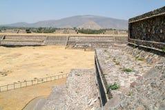 The sun pyramid at Teotihuacan en Mexico Stock Photography
