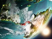 Sun que aumenta acima de Panamá do espaço Foto de Stock