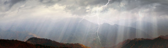 Sun rays after storm Royalty Free Stock Photography