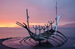 The Sun resande i Reykjavik Arkivfoto