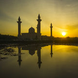 Sun rise at the back of the Tengku Ampuan Jemaah Mosque Royalty Free Stock Image