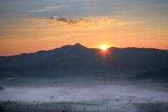 Sun rise on mountains Royalty Free Stock Photos