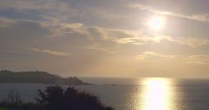 Sun rising over the ocean Royalty Free Stock Photos