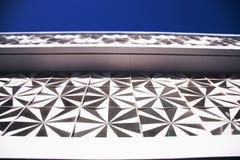 Sun-Schattierungselement in der thailändischen Architektur Stockbild