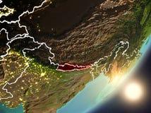 Sun se levant au-dessus du Népal de l'espace Photographie stock libre de droits