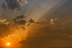 Sun sets in the evening Royalty Free Stock Photo