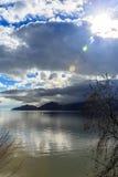 Sun sobre o mar Imagens de Stock Royalty Free