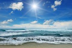 Sun sobre o mar foto de stock royalty free