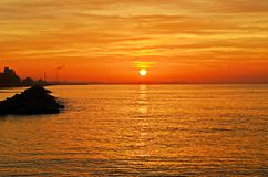 Sun stellte in Meer ein Lizenzfreie Stockfotos