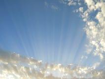 Sun-Strahlen Lizenzfreie Stockbilder