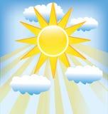 Sun-Strahln- und -wolkenikonenlogo Stockfoto