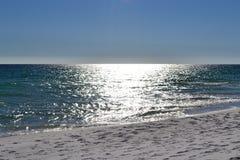 Sun sull'acqua fotografia stock libera da diritti