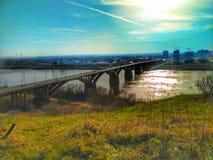Sun u. Brücke lizenzfreies stockfoto