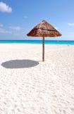 Sun und Meer und Strand Stockbild