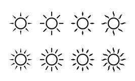 Sun-Vektorsonnenscheinlinie Ikonen Einfache Sonnenikone mit Strahlen oder Sonnenlichtstrahlen lizenzfreie abbildung