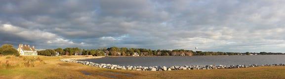 Sun-Wellen Wasser Wolken Lizenzfreie Stockbilder