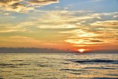 Sun wzrost w ranku Zdjęcie Stock