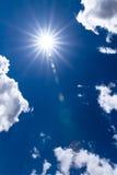 Sun y cielo azul Fotografía de archivo libre de regalías