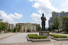 Sun ya-tsen statue and Grand Marshal Mansion Stock Photos