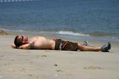 Sunbather mâle Photographie stock