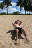 sunbathing турист Стоковое Изображение RF