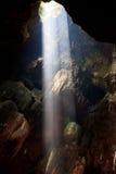 Sunbeam dans la caverne Photos libres de droits