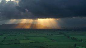 Sunbeams in storm clouds 8K 7680x4320