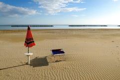 sunbed зонтик Стоковая Фотография