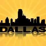 Sunburst refletido skyline de Dallas ilustração do vetor