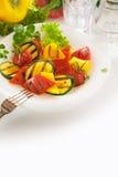 Sund aptitretare för strikt vegetarian av grillade stekgrönsaker Royaltyfri Fotografi