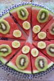 Sund frukost av naturliga frukter fotografering för bildbyråer
