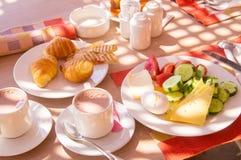 Sund frukost i kafét Arkivbild