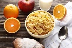 Sund frukost med vitaminer arkivfoton