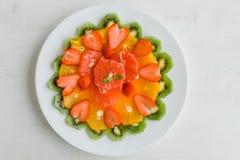 Sund fruktplatta Fotografering för Bildbyråer