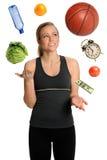 sund jonglera livsstilkvinna Royaltyfria Bilder