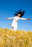 sund joyful livstid för kvinnlig royaltyfri fotografi