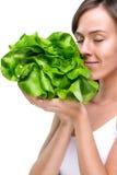 Sund livsstil! Äta massor av grönsaker Royaltyfri Bild