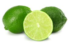 sund mat bakgrund isolerad limefrukt skivad white Arkivbilder