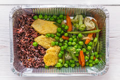 Sund mat i askar, bantar begrepp Fotografering för Bildbyråer