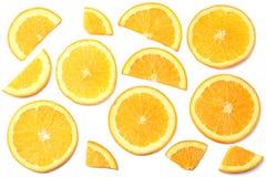 sund mat skivad apelsin som isoleras på bästa sikt för vit bakgrund Arkivbild