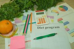Sund naturlig organisk mat bantar, mogen skördLåg-kalorin frukt, och grönsaker bantar Royaltyfria Foton
