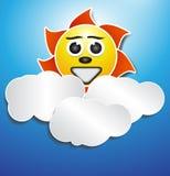 Det pappers- Sun molnet verkställer Arkivbild