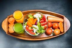 Sunda foods är på tabellen, Royaltyfri Bild