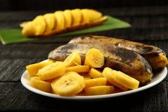 Sunda frukost-ångade och skivade banans Arkivfoto