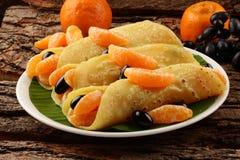 Sunda frukost-välfyllda pannkakor Royaltyfri Fotografi
