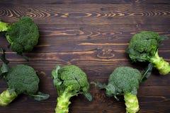 Sunda gröna organiska rå broccoliFlorets som är klara för att laga mat Rommar Fotografering för Bildbyråer