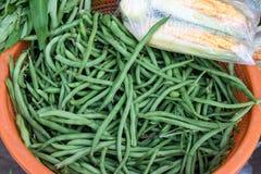 Sunda nya gröna ärtor på en marknad för organisk mat av den Bali ön namngav Sukawati, Indonesien Royaltyfria Foton