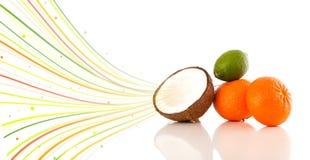 Sunda tropiska frukter med färgrika abstrakta linjer Fotografering för Bildbyråer